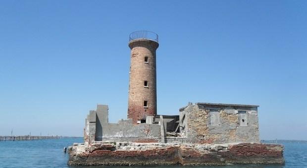 immagine Vacanza nel faro, da Venezia a Pantelleria in offerta altri 20 gioielli del mare