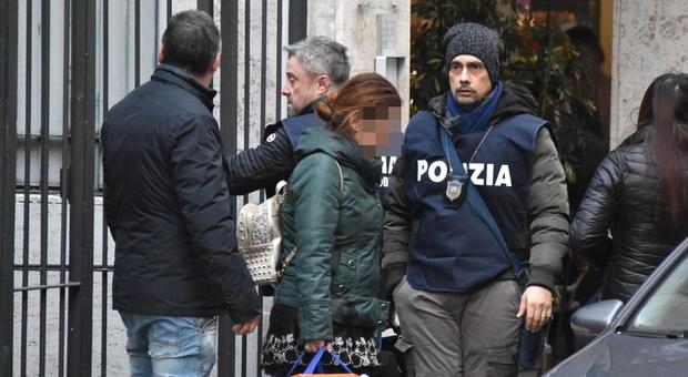 Roma, chiede incontro con prostituta, ma la poi la rifiuta: romeno aggredito e derubato finisce in ospedale