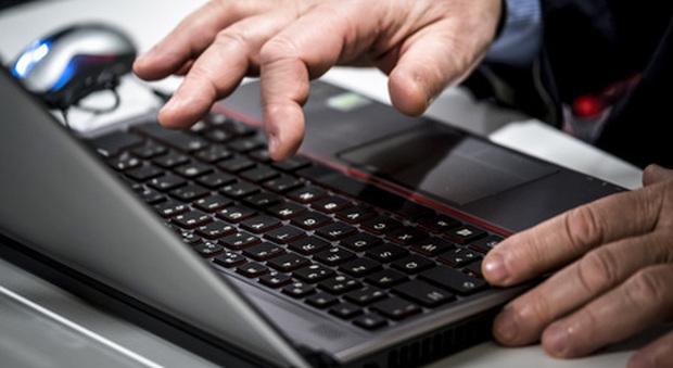 Buono da 500 euro per la connessione a internet: gli sconti estesi a tablet e pc