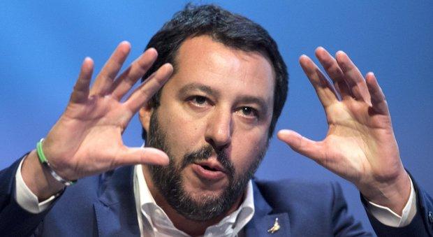 Salvini a Di Maio: «Il referendum sull'euro è una sciocchezza»