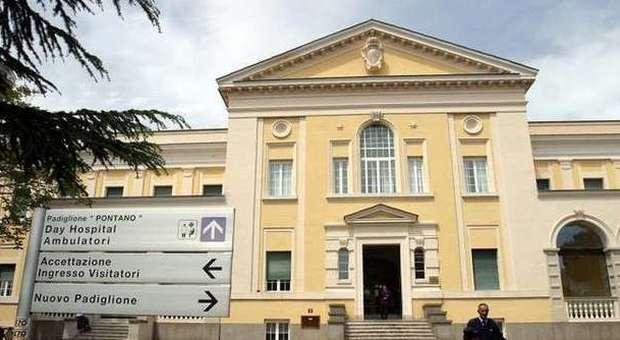 Roma, muore in ospedale per una mononucleosi: chiesto rinvio a giudizio per due medici dello Spallanzani