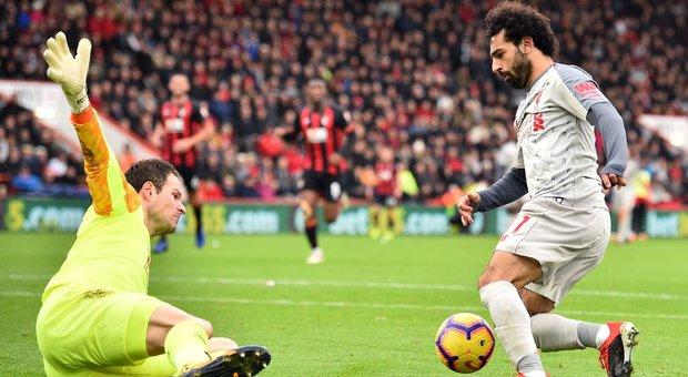 Premier League, il Liverpool vola con Salah. Mourinho stende Ranieri
