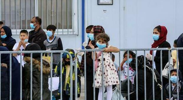 Coronavirus, 36 migranti positivi in Basilicata: sono sbarcati a Lampedusa 10 giorni fa