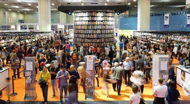 La polemica sull'editore di Casapound al Salone di Torino
