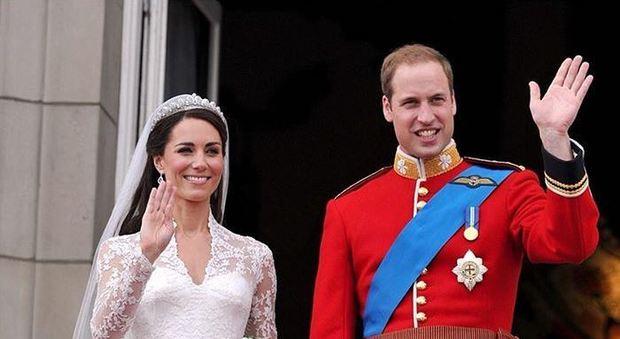 Auguri Matrimonio Ex Amica : William e kate festeggiano l anniversario di matrimonio anni d