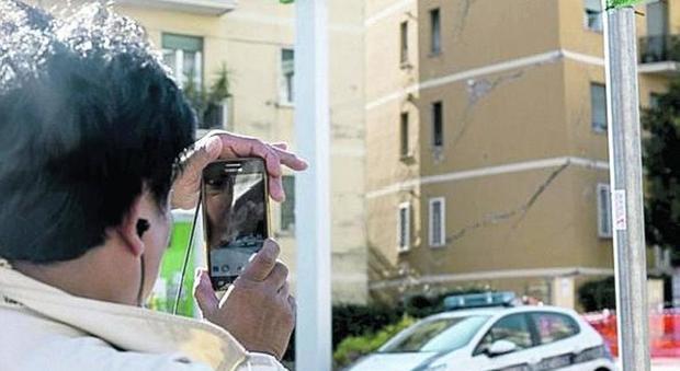 Roma, crollo a Ponte Milvio, verifiche su tutti i lavori nella zona: paura tra i residenti
