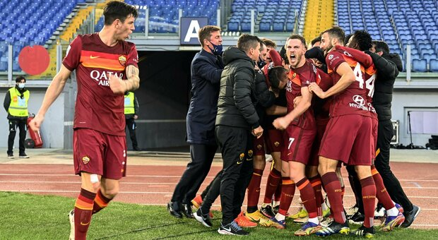 Roma-Spezia 4-3: Pellegrini salva Fonseca al 92'. Partita pazza all'Olimpico