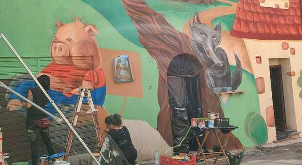 """Sant'Angelo, sulla guerra de """"I tre porcellini"""" battuto il Comune: già realizzato il murale"""