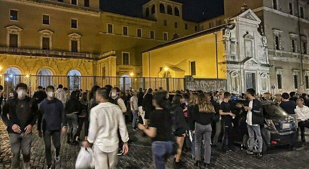 Roma, alcol a minori e «movida violenta»: chiusi tre locali a Ponte Milvio, San Lorenzo e Prenestino