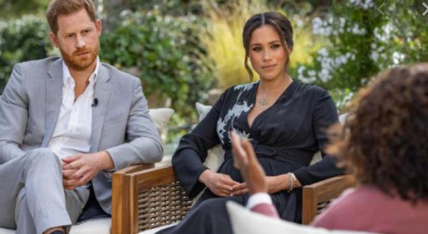 Harry è dispiaciuto per l'intervista a Oprah. Larcombe: «Testa calda, si è sfogato perché ferito»