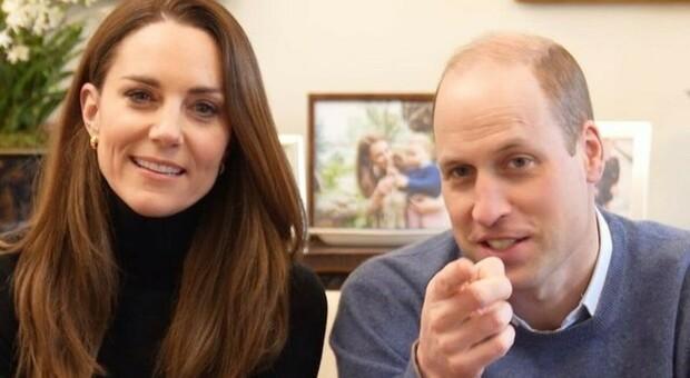 Kate Middleton e Harry lanciano il loro canale Youtube (e guadagneranno 12 mila sterline al mese)