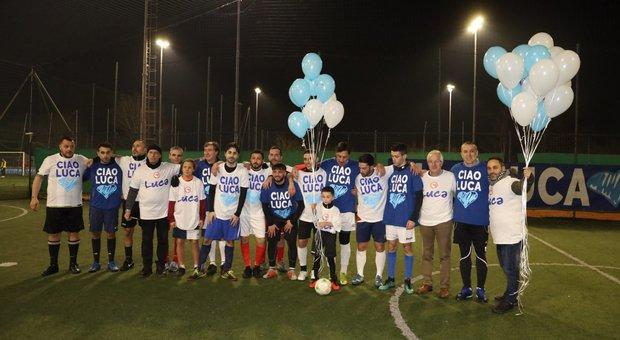 Luca Sacchi, la famiglia festeggia il compleanno con una partita: «Invece di piangere in campo per lui»
