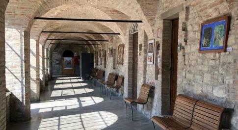 All'Istituto Agrario di Todi si celebra il rapporto uomo-natura attraverso le opere di Nino Cordio. Domenica visita guidata e degustazione a km0