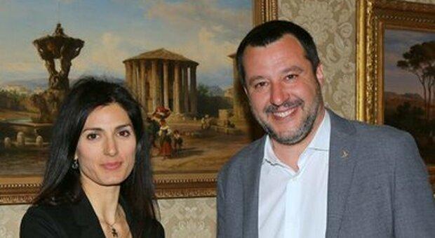 Elezioni Roma 2021, Raggi: corro anche se condannata. Salvini la insulta ma nessuno la difende
