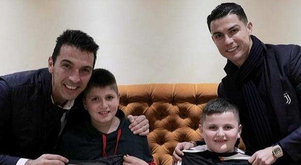 Albania, due bimbi feriti nel terremoto incontrano Ronaldo e Buffon a Roma