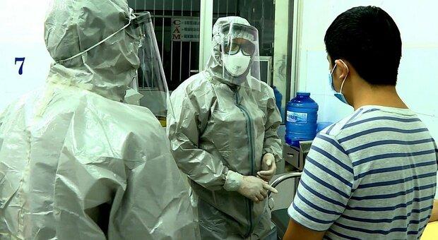 Covid, sperimentato l'etilometro per il coronavirus. Risposta su positività in un minuto. Le prove a Singapore