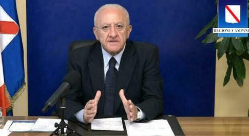 Vaccini Campania, De Luca: «Senza Sputnik difficile immunizzare regione entro l'estate»