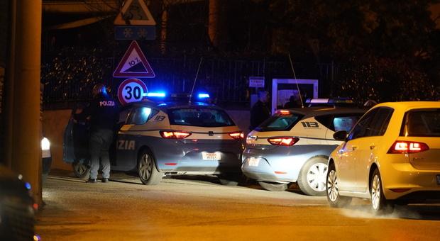 Roma, rapina in una villetta a Fidene: il proprietario colpito in testa con una martellata