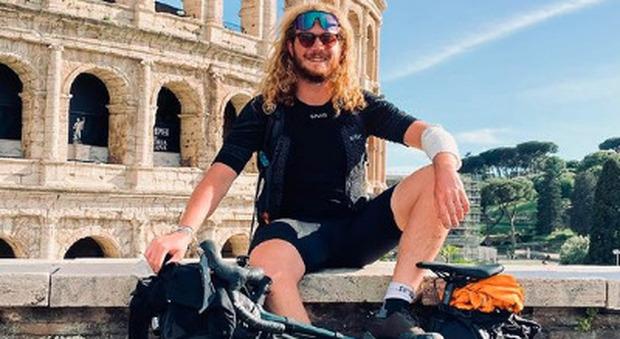 Gianluca Cocquio, da Milano alla Sicilia in bicicletta