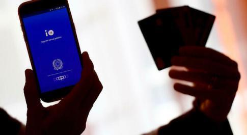 Cashback, cresce la corsa al premio di 1.500 euro: il 30 giugno la prima scadenza