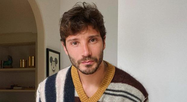 Belen racconta la rottura con Stefano De Martino. E lui rivela: «Santiago? Ecco cosa mi chiede sempre al telefono»