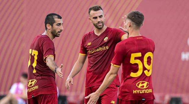 Roma, Mkhitaryan: «Ho avuto altre offerte, ma ho scelto di restare. Mou? Con lui tutto chiarito»