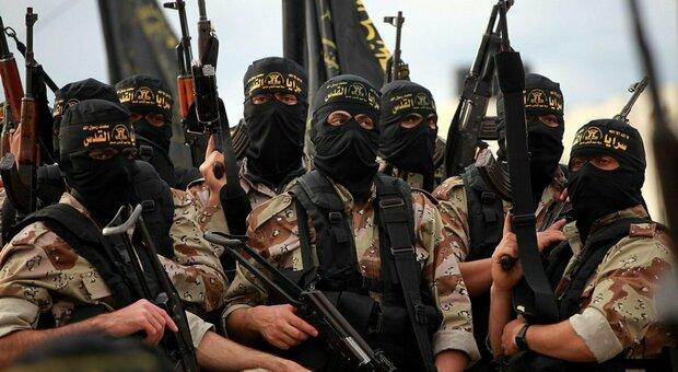 Il jihadista che faceva proseliti con la tuta giallorossa: «L'Isis vuole fare la guerra con Roma»