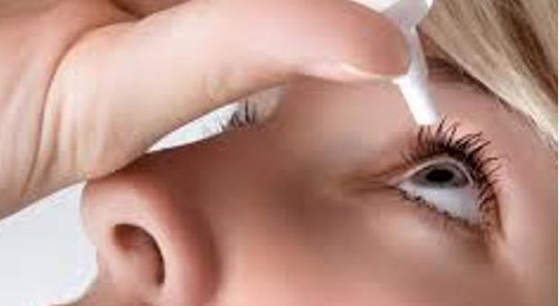 erezione negli occhi di una donna