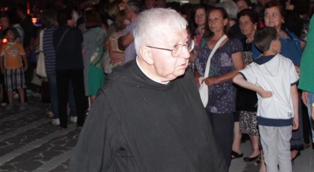 Addio a don Gabriele, parroco del Santuario dei Miracoli: «Era il sacerdote dei giovani»