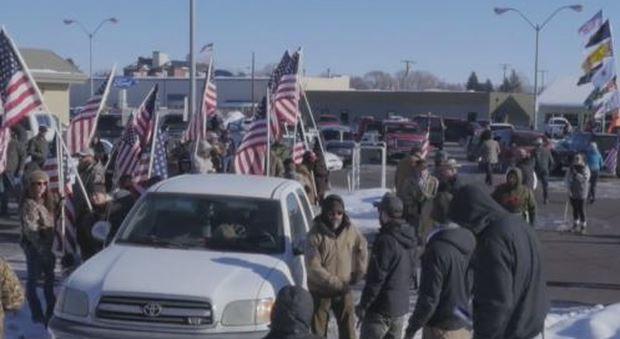 """Oregon, la protesta dei """"cow boy"""": milizie armate occupano un parco nazionale"""