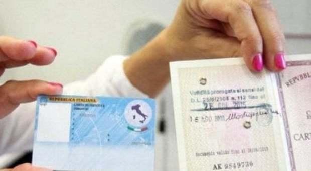 Garante,no padre-madra su carta identità