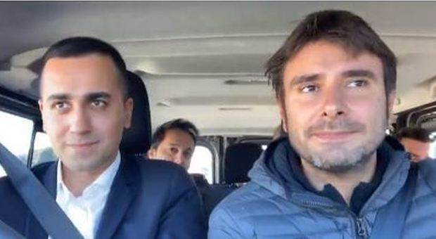 Di Maio e Di Battista on the road: