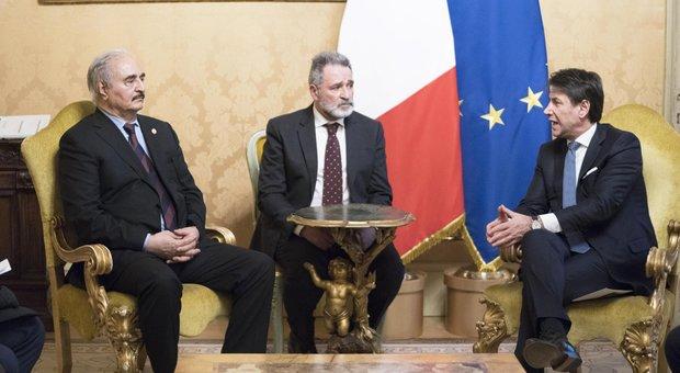Conte vede Haftar a Roma, Al Serraj cancella l'incontro. Erdogan-Putin: «Cessate il fuoco»