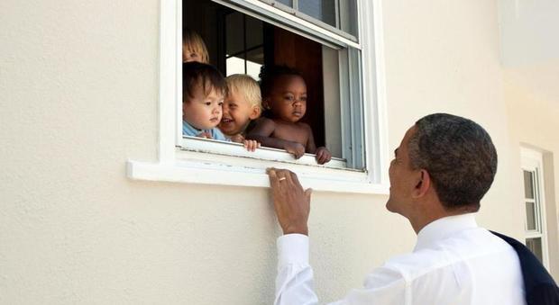 """Obama cita Mandela su Charlottesville: il suo tweet fa il record mondiale di """"like"""""""