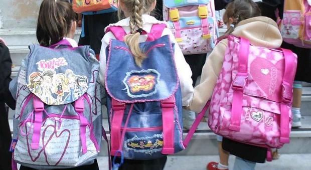Coronavirus a Roma, allerta nelle scuole: «Chi parte vada in quarantena al rientro»