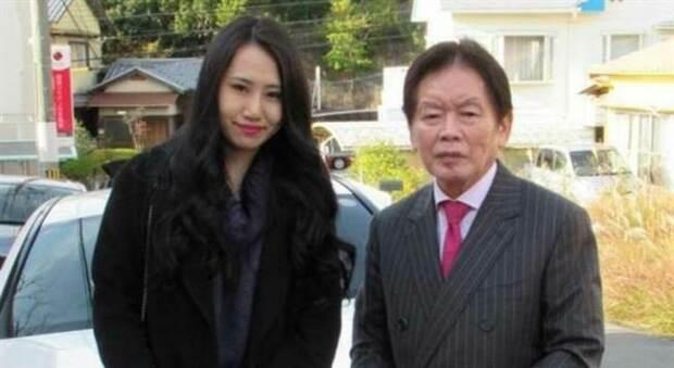 Arrestata la pornostar giapponese Saki Sudo: avrebbe avvelenato e ucciso il marito 77enne