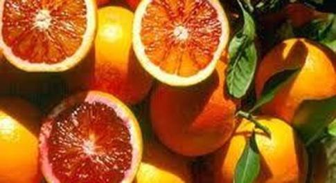 Arance e peperoni alleati contro il cancro ai polmoni
