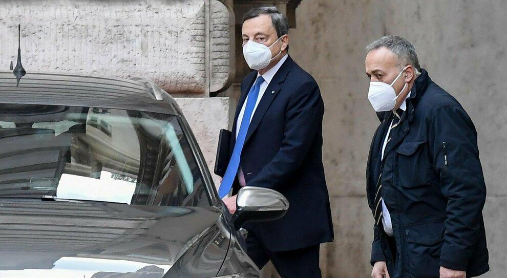 Draghi: «Scelgo io i ministri». Il Pd vuole soltanto tecnici