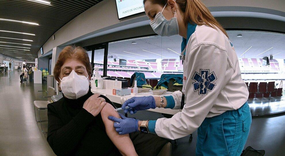 Vaccini, quando arrivano? Ritardi anche da Johnson&Johnson: l Europa accelera e l Italia frena