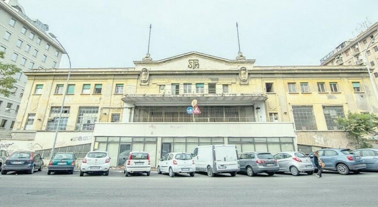 Atac, il deposito di piazza Ragusa al Comune. «Un regalo da 15 milioni»