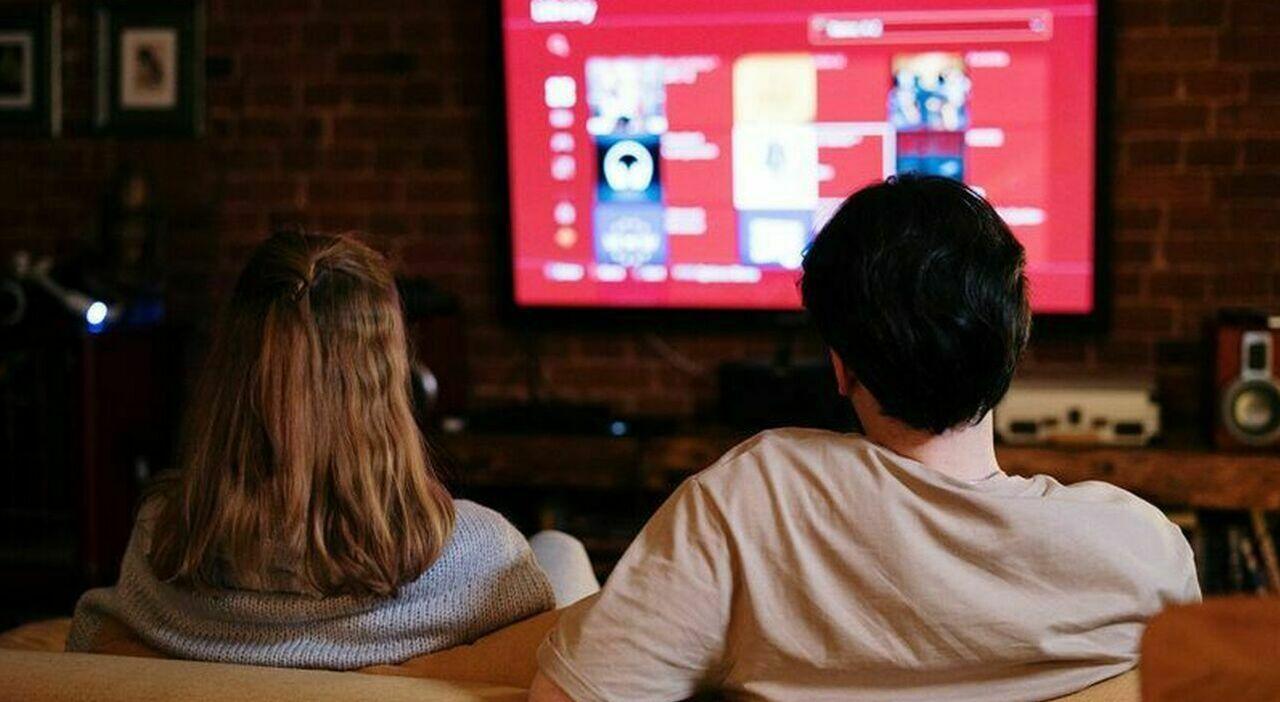 Switch off digitale terrestre: i canali (Rai e Mediaset) visibili solo in HD e i bonus da sfruttare