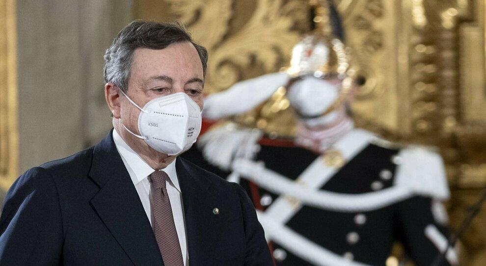 Draghi e il governo fino al 2023. Prodi si sfila: il Colle non è per me