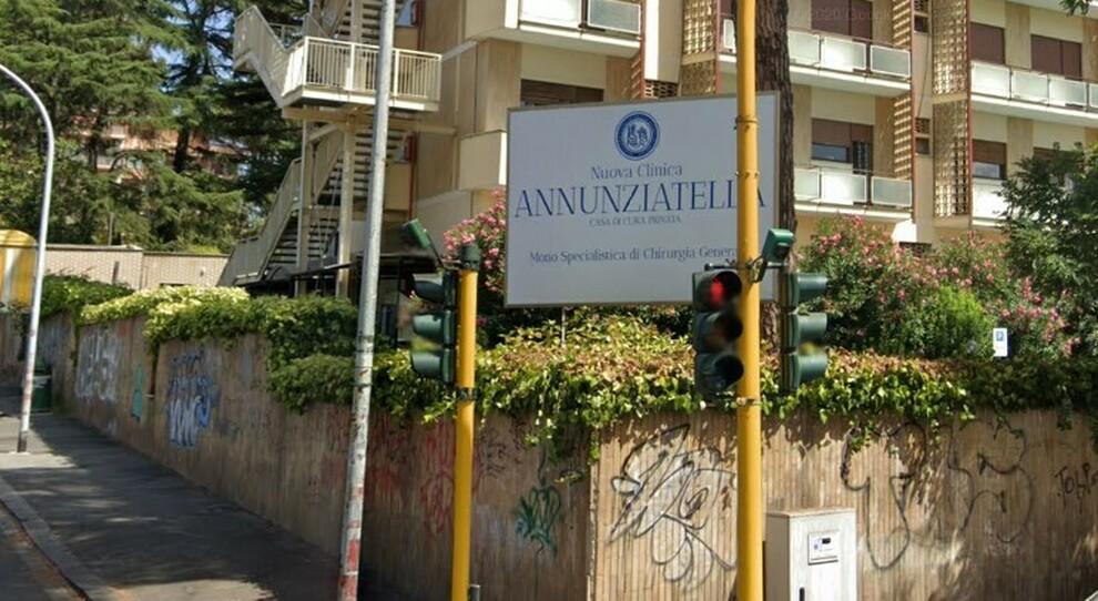 Vaccini nel Lazio, dosi senza prenotazione: la clinica bloccata dai Nas