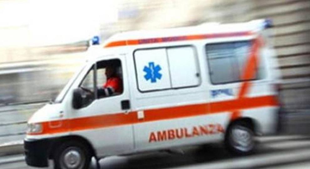 Infermiere negazioniste cacciate dalla Croce Rossa