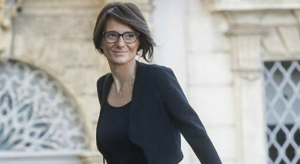 Violenza sulle donne, il ministro Elena Bonetti: «Solo la vera parità di genere può sconfiggerla»