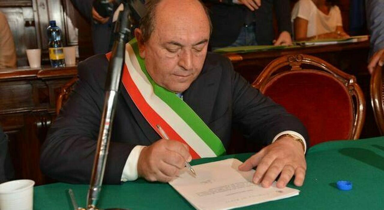 Il sindaco Antonio Cicchetti