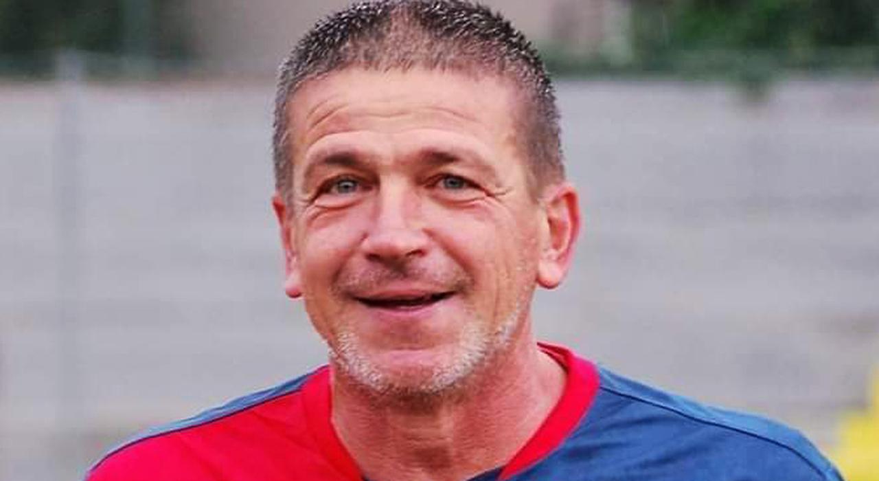 Roma, ex stella del Fiumicino Calcio muore in monopattino a 56 anni: fatale un caduta