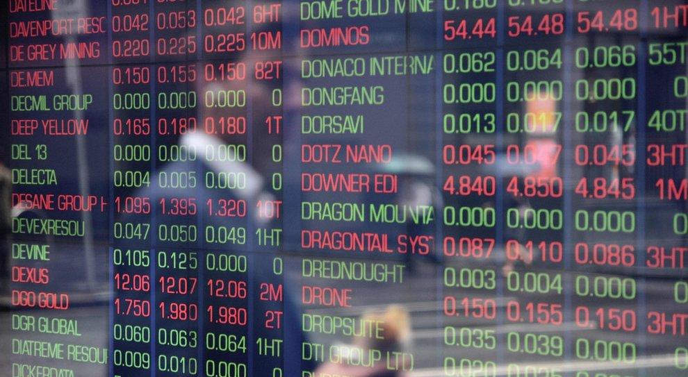 """Coronavirus e petrolio, le Borse temono la """"doppia crisi"""": ecco come difendersi dal panico"""