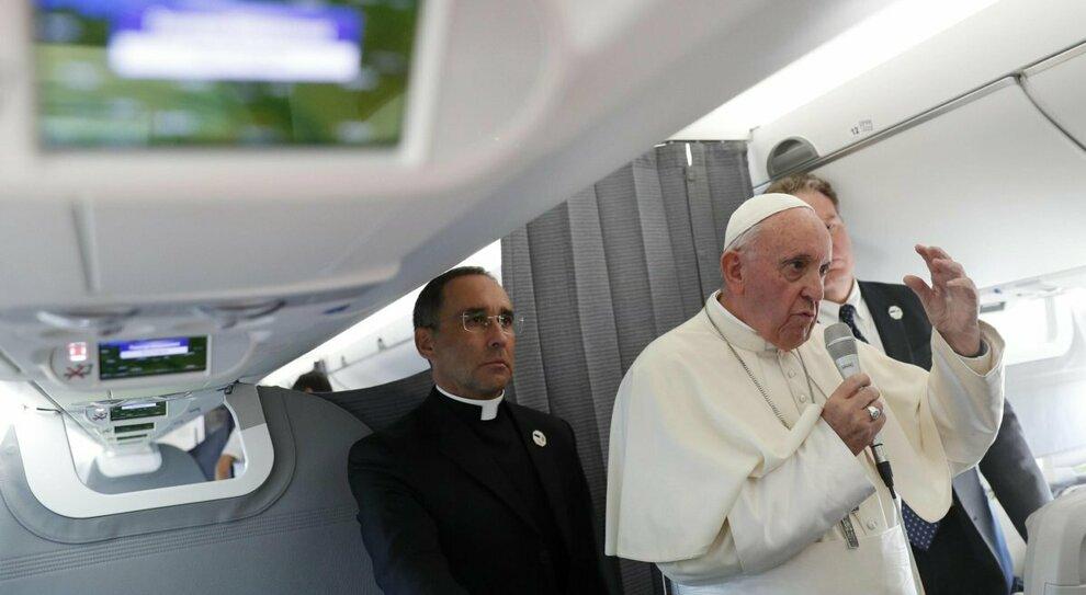 Cantuccini d'Abruzzo sul volo di papa Francesco verso l'Iraq
