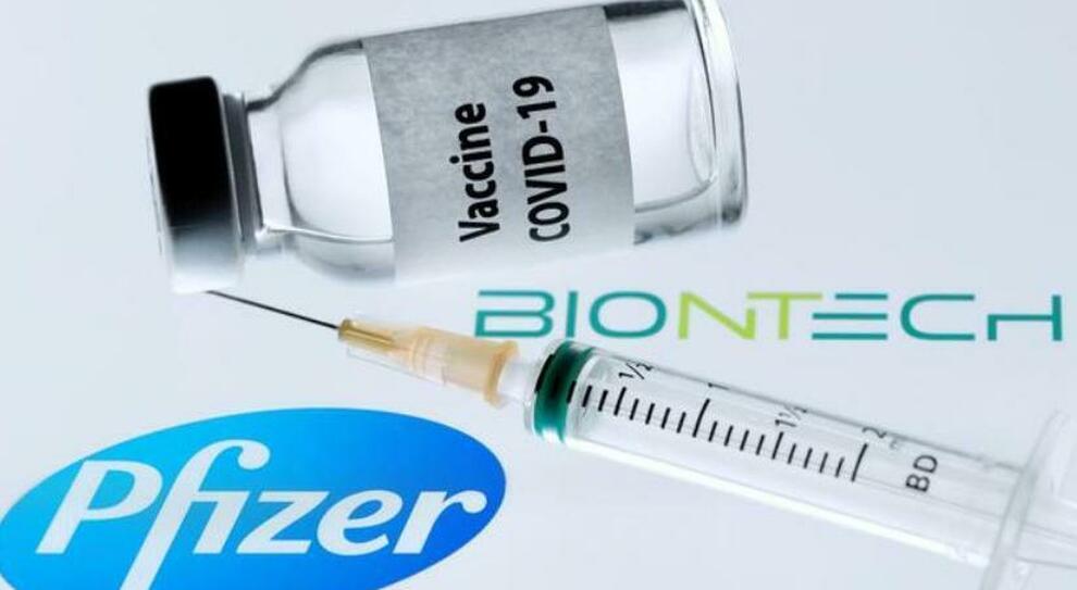 Vaccino, in arrivo 1,5 milioni di Pfizer. Lazio e Figliuolo, tensione su 100mila dosi fantasma